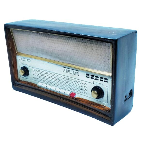 Retro Radio Resin Model For Home Office Or Shop Decoration