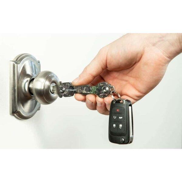 KeySmart Classic - Compact Key Holder